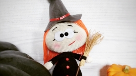 Бонечка (Бони, Бонни) в костюме ведьмочки