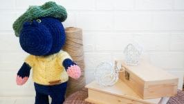 Плюшевый бегемот ручной работы в свитере