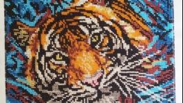 Тигр, картина бисером ′Охота на рыбку′