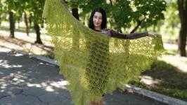 Шикарная шаль Харуни из нежного мохера