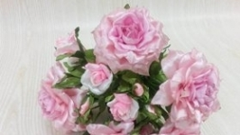 Букет світло рожевих троянд