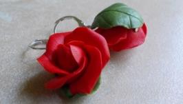 Красные розы серьги