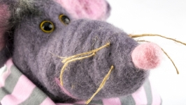 Валяная игрушка ′Крыска′ - символ 2020 года