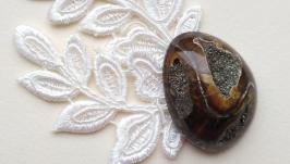 Пиритизированная симбирцитовая жеода