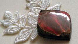 Аммолит (ископаемый перламутр)