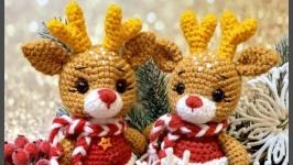 Вязаный новогодний рождественский олень оленёнок різдвяний новорічний олень