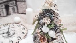 Новорічна різдвяна ялинка на стіл. Новорічний декор сувенір