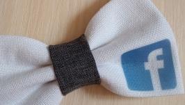 Краватка метелик Facebook