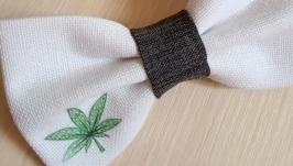 Краватка метелик листок коноплі