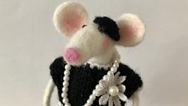 Валяна мишка Коко Шинська