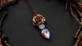 Кулон с суккулентом, лунным камнем и стеклом