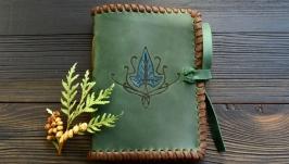 Шкіряний блокнот з ельфійським плющем (смарагдовий)