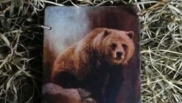 Блокнот деревянный с медведем. Ручная работа