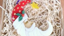 Коллекционный Санта Клаус в форме месяца