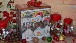 Снеговики-стиляги  - короб для сладостей