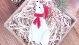 Полярный новогодний медведь - мишка
