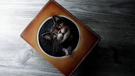 Обкладинка на паспорт з тисненням ′Кішка-мишка′.