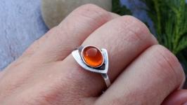 Кольцо серебряное с янтарём 4