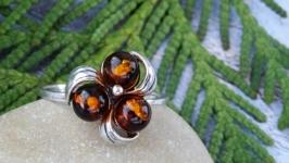 Кольцо серебряное с янтарём 5