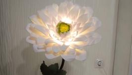 Настольная лампа -гербера.