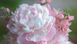 Пионы. Цветы из полимерной глины. Декор для интерьера.