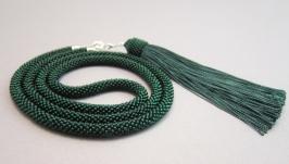 Темно-зеленый (изумрудный) сотуар из бисера с кисточкой