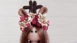Вязаная интерьерная кукла амигуруми Тильда олень