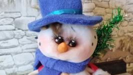 Белый снеговичек