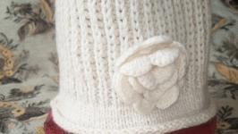 Шапка белая из натуральной шерсти