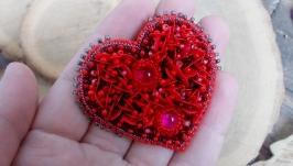 брошь сердечко сердце красное чешский бисер ручная работа