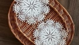 Комплект сервірувальних серветок білого кольору (2 серветки)