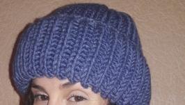 Вязанная шапка ручной работы