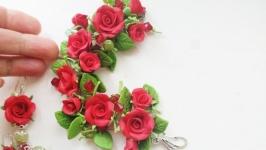 Браслет и серьги с красными розами