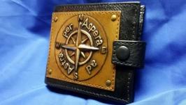 Кожаный кошелек ′РОЗА ВЕТРОВ′ с инициалами