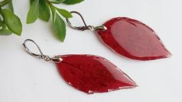 Сережки з листя дикого винограду в ювелірній смолі