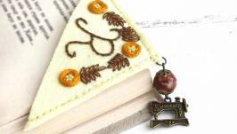Именная закладка для книг уголок Подарок для швеи