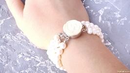 Браслет з натуральних перлів з трояндою