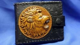 Кожаный кошелек ′ЛЕВ′ с инициалами