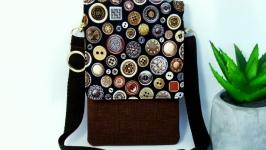 Маленькая сумка через плечо для телефона.