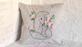 Подушка з льону з ручною вишивкою стрічками ′Лисиця з лисеням′