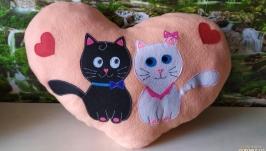 Подушка-игрушка ′Влюбленные котята′