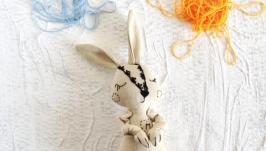 Еко іграшка з льону для самих маленьких. Зайчик з ініціалами. Буква М.