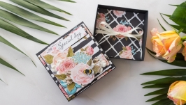 Подарункова коробочка для грошей або маленького подарунку