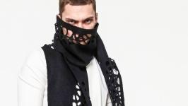 Чёрный шарф