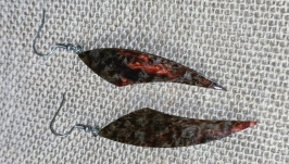 Серьги черные из стабилизированной карельской березы