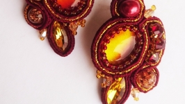 Earrings from ′Burgundy Sparkles′ collection