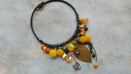 Массивное колье , чокер с натуральными камнями , украшение с цитрином