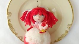 Брелок- куколка ′огневушка′