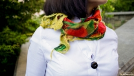 Шийна хустка шарфик ′Весняний букет′