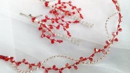 Красный веночек и серьги. Комплект вечерних украшений.